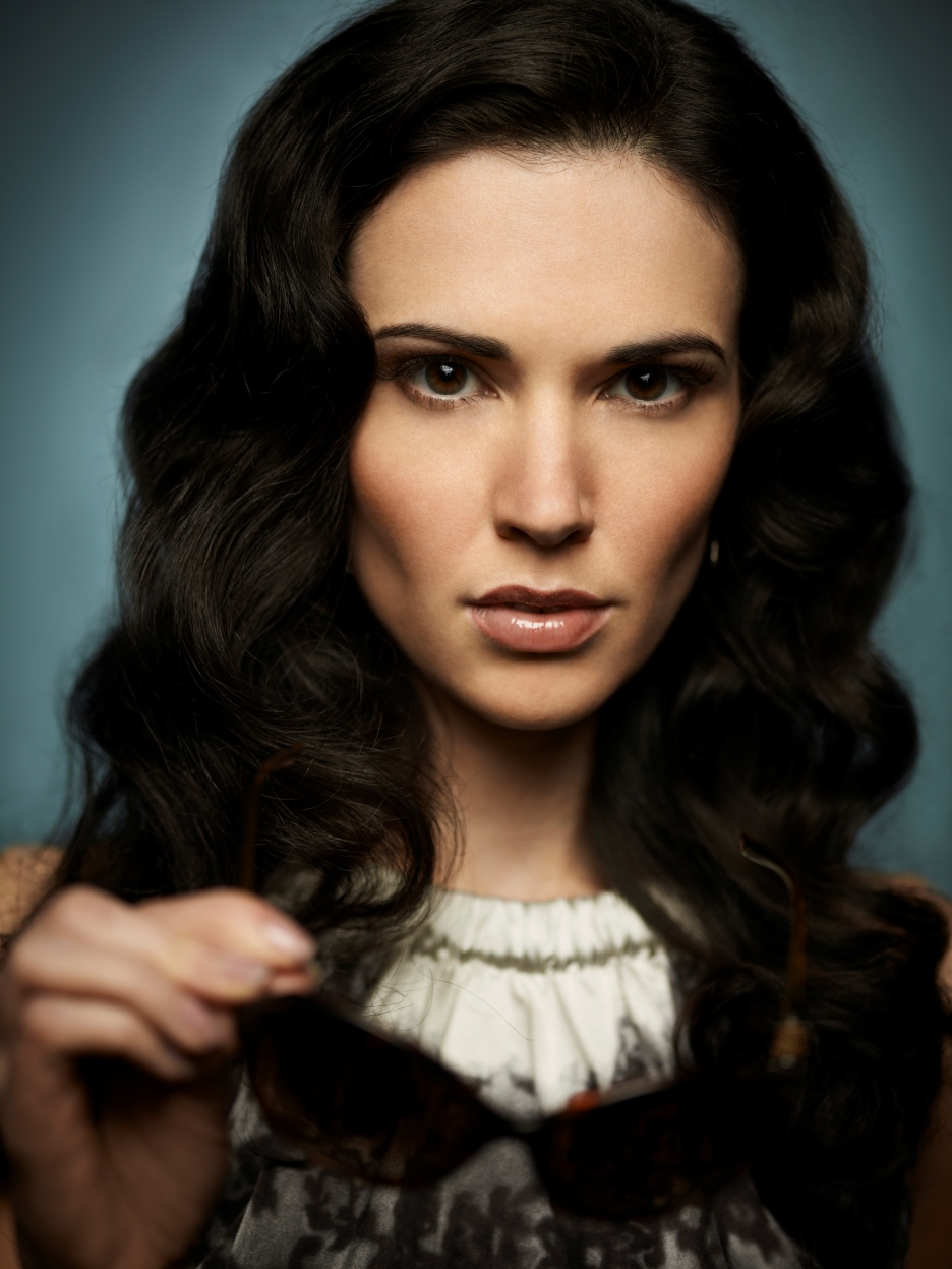 laura mennell husband