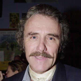 Роберт Колеби